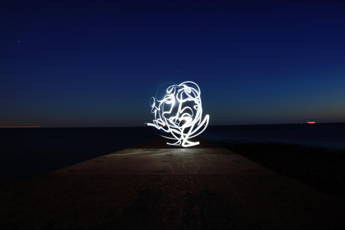Lichtmalerei mit der Taschenlampe